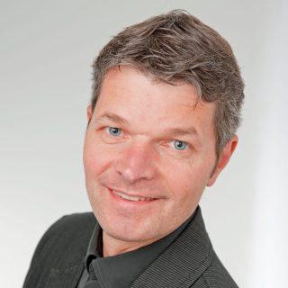 Karlheinz Müller: Ich komme zum Barcamp Lernräume, weil mich der Gedankenaustauch in den Sessions weiterbildet.