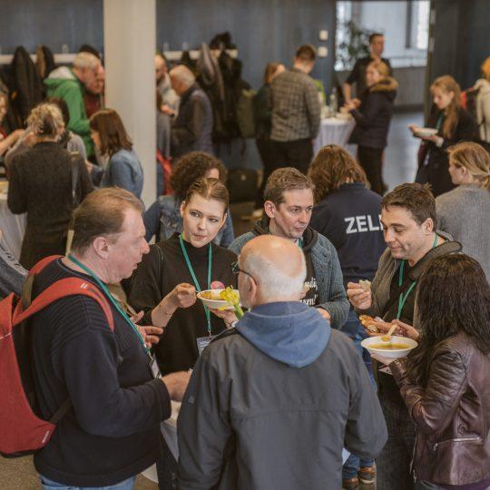https://www.barcamp-freiburg.de/wp-content/uploads/2018/03/2018-03-17-Barcamp-Freiburg-Fotos-von-Fionn-Grosse-90552403-540x540.jpg