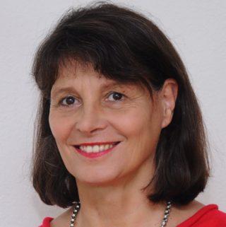 Eva von Rekowski: Ich komme zum Barcamp Lernräume, weil ich als Leiterin der vhs Freiburg immer interessiert bin an aktuellen Bildungsthemen und neuen Zugängen